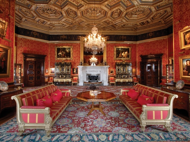 Alnwick_Castle_-_Drawing_Room.jpg