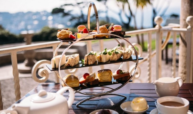 luxury-family-hotels-fowey-hall-cornwall-eat-21.jpg