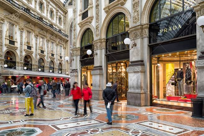 111247580-milan-italy-april-13-inside-shopping-mall-galleria-vittorio-emanueke-ii-on-april-13-2-018-in-milan.jpg